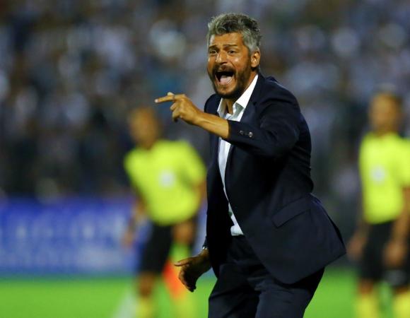 Gustavo Munúa en su primer partido por Copa Libertadores del nuevo ciclo en Nacional