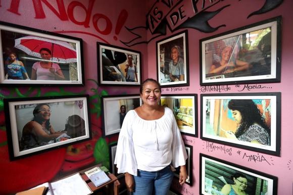 """""""Cosiendo sueños"""", la marca que empodera a mujeres en la favelas de Brasil"""