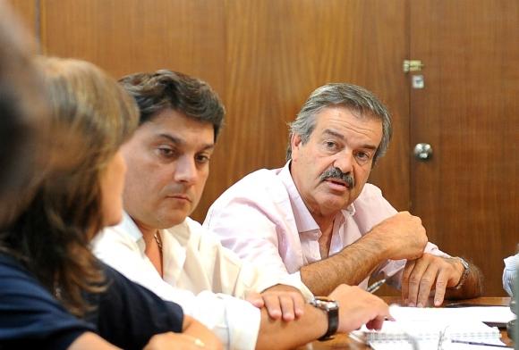 El ministro Uriarte vuelve a marcar la cancha económica. Foto: Presidencia