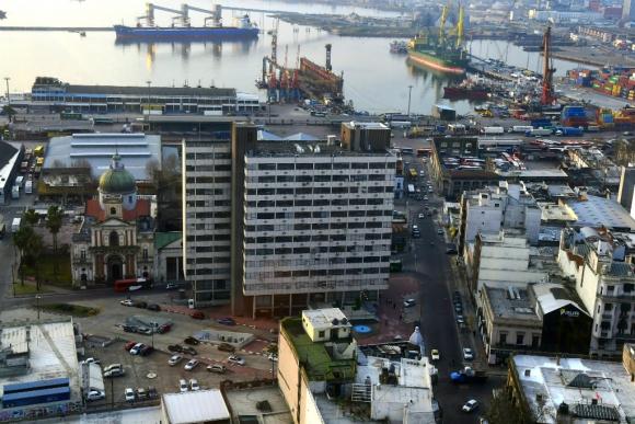 Vista aérea del Banco Central del Uruguay. Foto: Gerardo Pérez