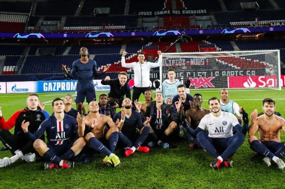 Los jugadores del PSG y la burla a Erling Haaland. Foto: @PSG_inside.