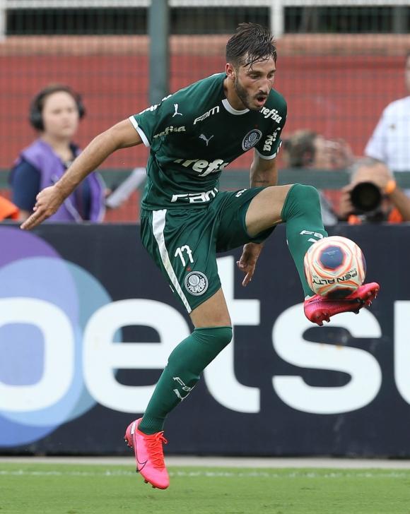 Matías Viña. Foto: @Palmeiras.
