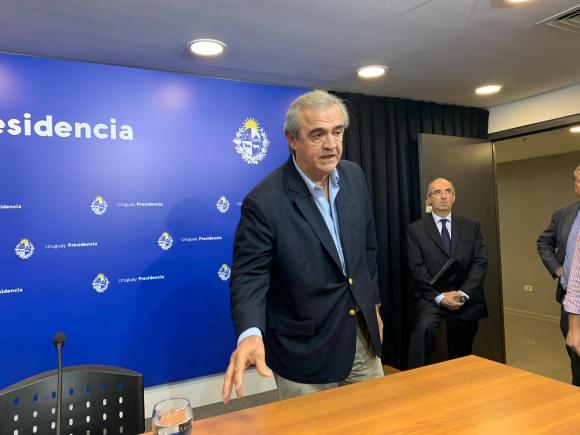 Jorge Larrañaga, este martes de noche en una conferencia de prensa en Torre Ejecutiva. Foto: Pablo S.Fernández