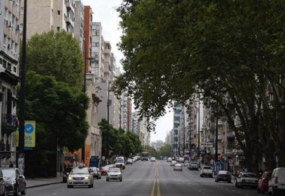 Montevideo tras llegada del coronavirus. Foto: Leo Mainé.