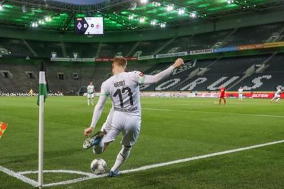 Borussia Monchengladbach.