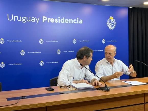 Ernesto Talvi y Javier García en conferencia de prensa de última hora. Foto: Pablo S. Fernández