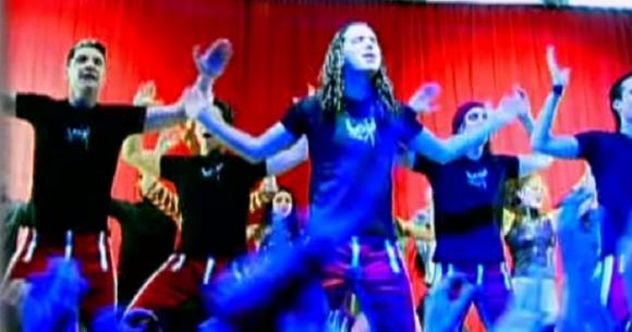 """Imagen del videoclip de """"Mayonesa"""", de la banda Chocolate. Foto: Captura de YouTube"""