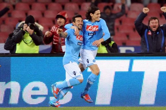 Edinson Cavani y Ezequiel Lavezzi en Napoli.
