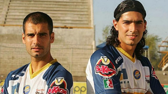 Sebastián Abreu y Pep Guardiola.