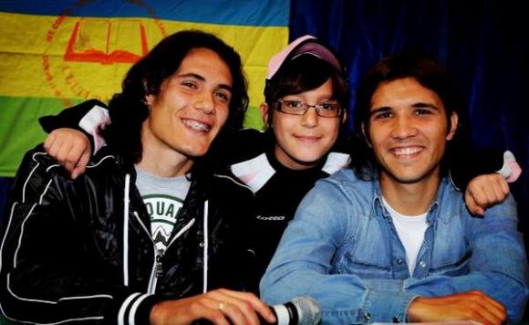 Edinson Cavani y Nicolás Bertolo.