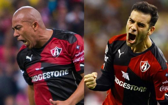 Egidio Arévalo Rios y Rafael Márquez.