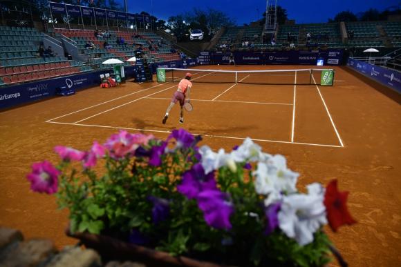 El tenis también es otro deporte que está paralizado. Foto: Archivo El País.