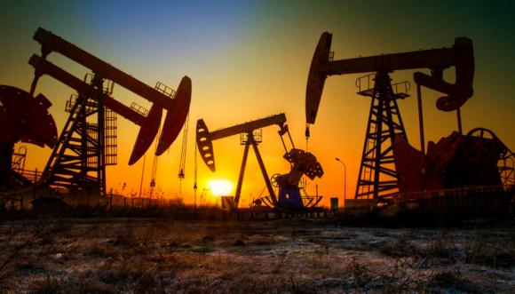 Ayer el barril de petróleo de Texas (WTI) cerró con una caída de 43,37% en los futuros de junio. Foto: AFP