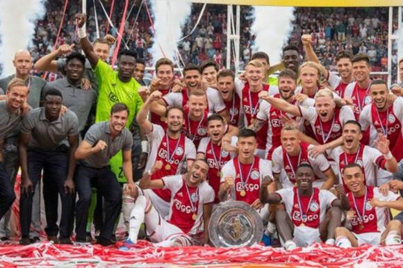 El Ajax no fue declarado campeón de la Eredivisie