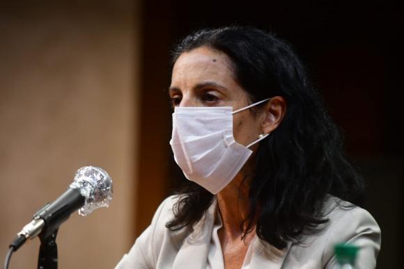 Azucena Arbeleche, este lunes en conferencia de prensa. Foto: Francisco Flores