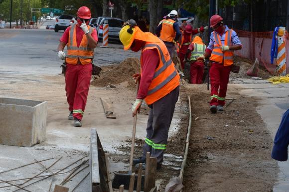 Normalidad: procesan test a trabajadores de la construcción. Foto: Francisco Flores