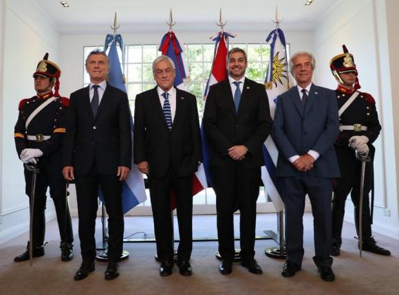 Mauricio Macri, Sebastián Piñera, Mario Abdo y Tabáre Vázquez