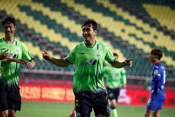 El festejo del único gol que tuvo el juego. Foto: EFE.