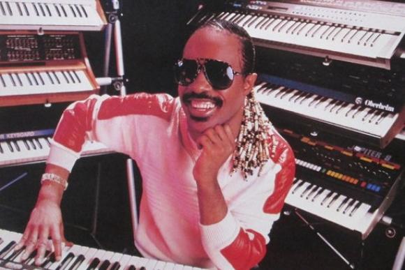 Stevie Wonder en 1984. Foto: Motown.