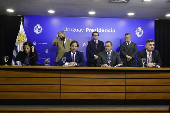Luis Alberto Heber, Rodrigo Ferrés, Omar Paganini, Luis Lacalle Pou, Álvaro Delgado, Isaac Alfie. Foto: Fernando Ponzetto.
