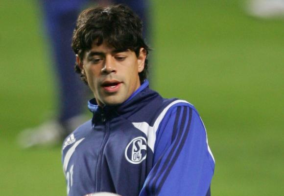 Carlos Grossmüller entrenando con el Schalke 04.