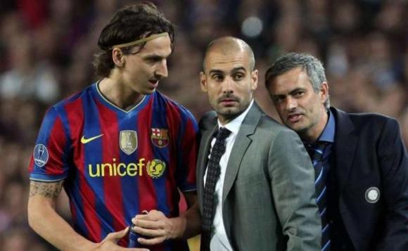 Mourinho se arrimó a Guardiola para dejarle un mensaje premonitorio