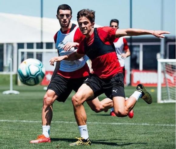 Joaquín Zeballos entrenando con el plantel del Girona. Foto: @gironafc.