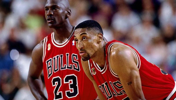 Scottie Pippen y Michael Jordan