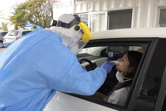 Test: las autoridades de Rivera esperan los resultados de los test aplicados a personas que estuvieron en contacto con casos COVID-19. Foto: Leonardo Mainé