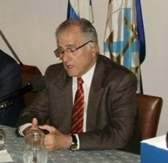 Dr. Edison González Lapeyre