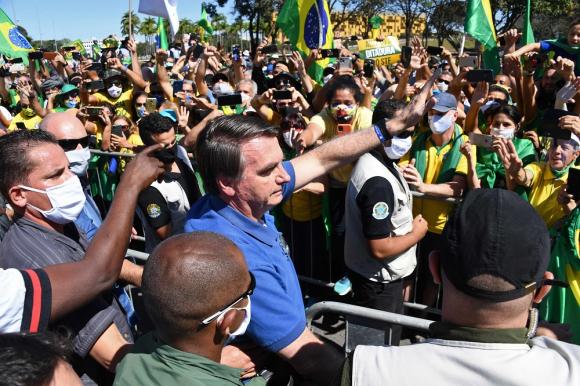 Jair Bolsonaro este domingo en Brasilia. Foto: AFP