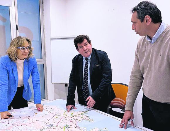 La candidata de la coalición ya trabaja presencialmente desde su nueva sede. Foto: El País