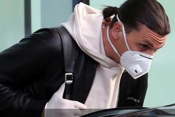 Zlatan Ibrahimovic está otra vez en Milán
