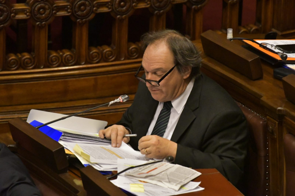 Eduardo Lust, miembro interpelante, este miércoles en la Cámara de Representantes. Foto: Leonardo Mainé