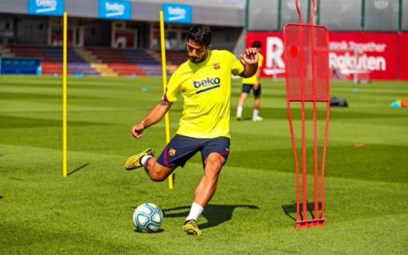Luis Suárez entrenando con el FC Barcelona