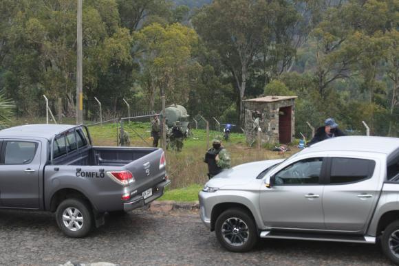Intentaron ingresar a la Base Naval del Cerro. Foto: Francisco Flores
