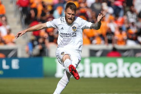 Aleksandar Katai con los colores de Los Ángeles Galaxy.
