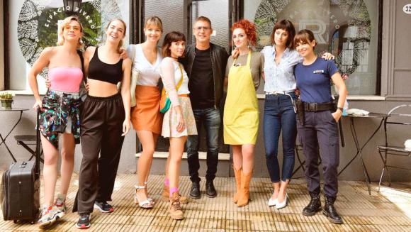 """El elenco de """"Separadas"""" con Adrián Suar. Foto: Difusión"""