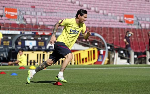 Lionel Messi entrenando en solitario y diferente al plantel. Foto: Barcelona.