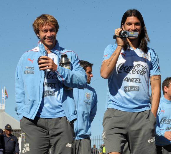 Lugano y Abreu en el Mundial de Sudáfrica 2010. Foto: Gerardo Pérez / Archivo El País