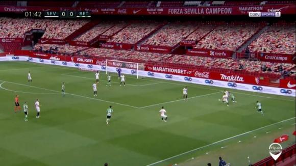 Imágenes de la transmisión televisiva del Sevilla-Betis. Foto: Captura.