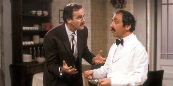 "John Cleese en ""Fawlty Towers"". Foto: Archivo"