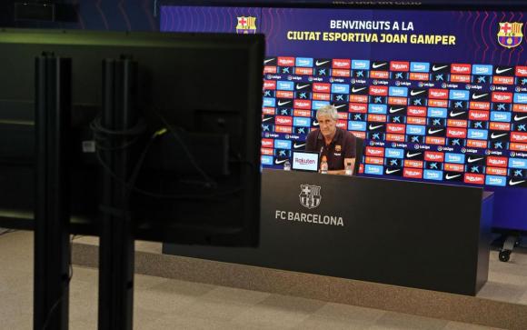 La conferencia de prensa de Quique Setién. Foto: Barcelona.La conferencia de prensa de Quique Setién. Foto: Barcelona.