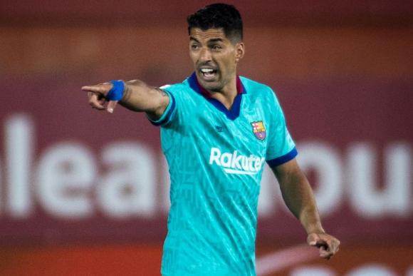 Luis Suárez durante el duelo entre Mallorca y Barcelona. Foto: AFP.