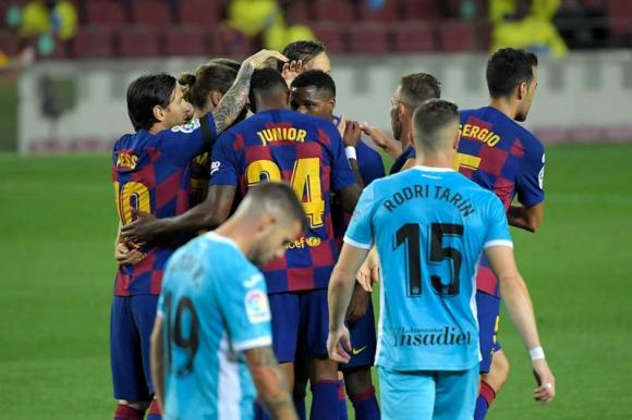 Barcelona celebra el gol de Ansu Fati. Foto: AFP.