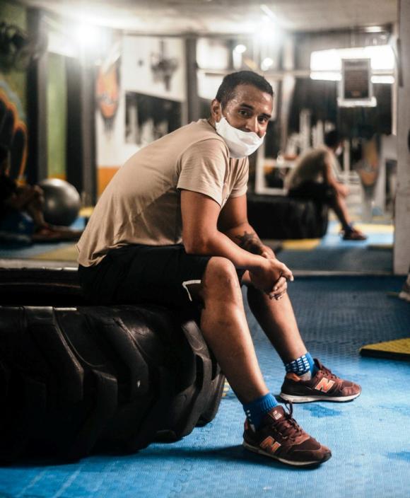 Burgueño en el gimnasio donde entrena de manera particular. FOTO: Diego Pérez Fotografía.