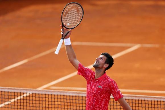 Novak Djokovic también está infectado de coronavirus