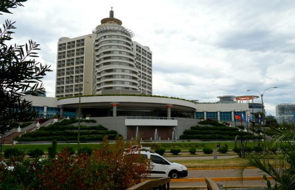 Hotel Enjoy Conrad en Punta del Este. Foto: Ricardo Figueredo (Archivo)