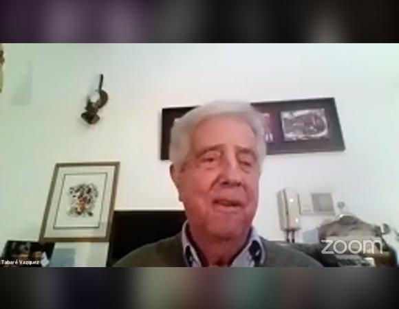 Tabaré Vázquez en actividad por la candidatura de Rodolfo Nin Novoa a la intendencia de Cerro Largo. Foto: Captura.