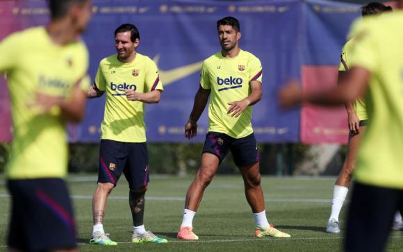 Luis Suárez y Lionel Messi en el entrenamiento de Barcelona. Foto: @FCBarcelona.
